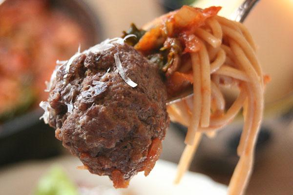 SpaghettiAndMeatballs4