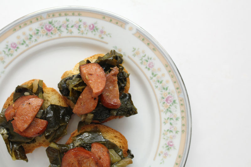 CrostiniWithSausageAndBraisedGreens7